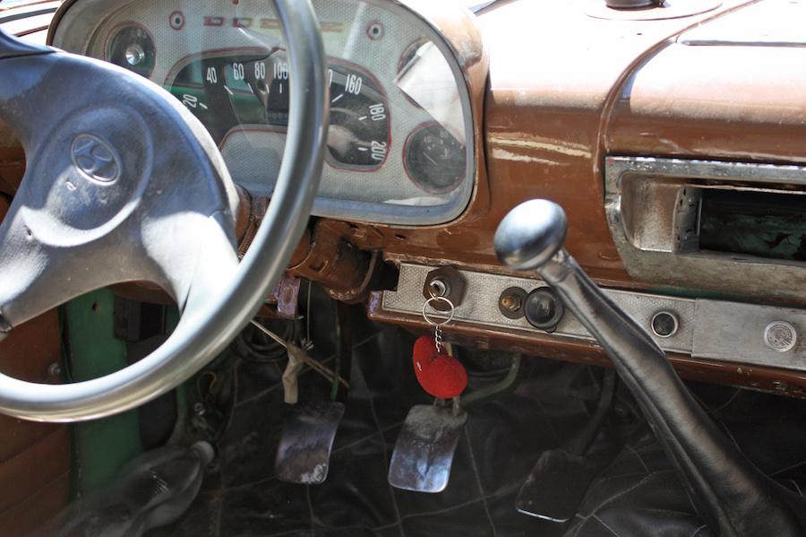 Classic Taxi Viñales Cuba
