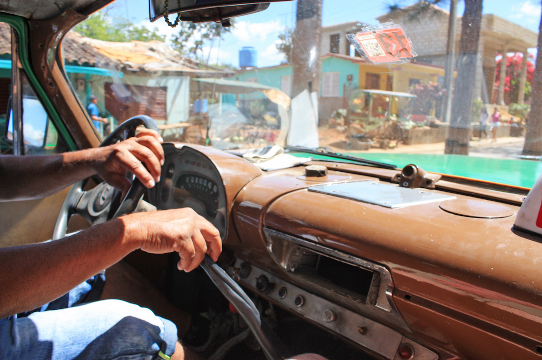 Driver Taxi Viñales Cuban Travel